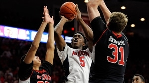 Player of the Week: Stanley Johnson sparks Arizona