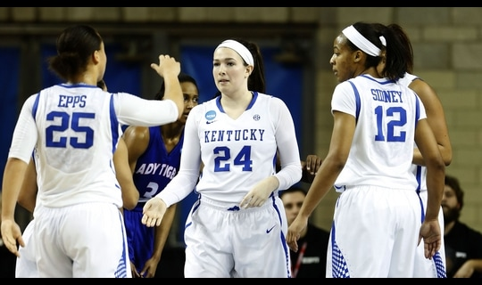 First Round: Kentucky crushes Tennessee St.