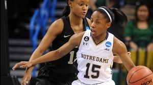 Elite Eight: Fighting Irish block Bears