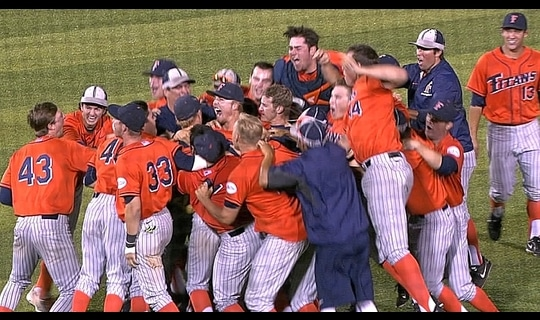 Louisville Super Regional: Cal State Fullerton advances in extra innings