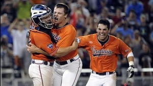 Top 10 Plays of the CWS: Hoos on top