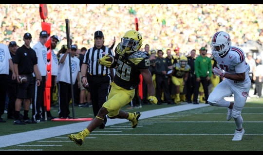 Oregon Football: Brooks-James legs out a 15-yard TD run
