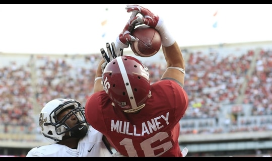Alabama Football: Mullaney acrobatic TD