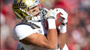 UCLA Football: Duarte leaping TD