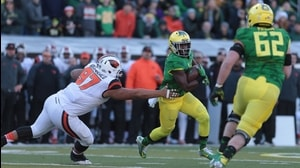 Oregon Football: Addison reverses for 13-yd TD