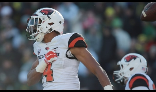 Oregon State Football: Collins leaping TD