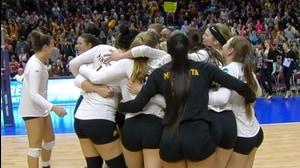 2015 DI Women's Volleyball: Minnesota bests Hawaii