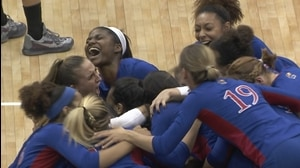 2015 DI Women's Volleyball: Kansas stuns Southern Cal