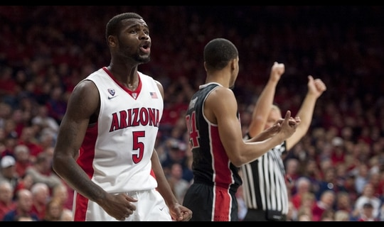 Men's Basketball: Arizona beats UNLV