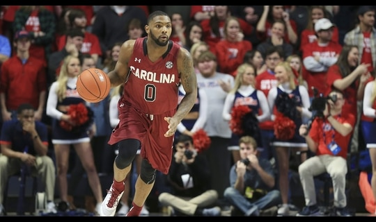 Men's Basketball: South Carolina tops Ole Miss