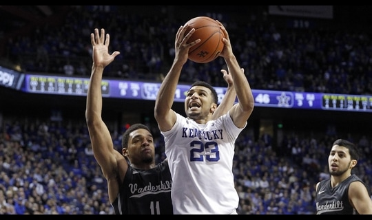 Men's Basketball: Kentucky blows past Vanderbilt 76-57