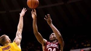 Men's Basketball: Oklahoma inches past LSU