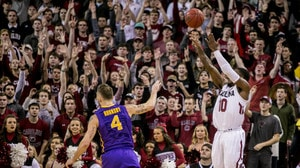 Men's Basketball: South Carolina tops LSU at home