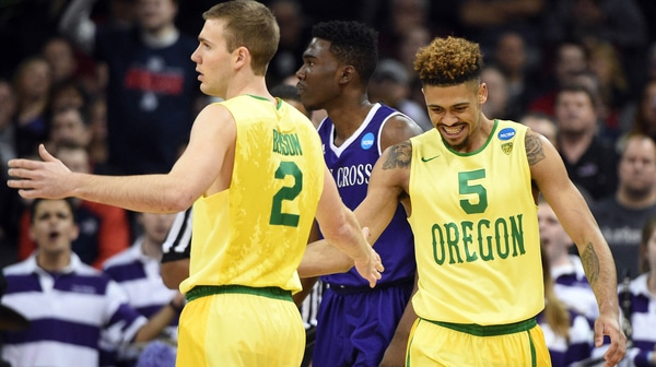 First Round: Oregon crushes Crusaders