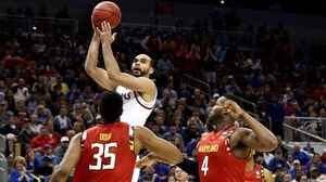 Sweet 16: Kansas advances past Maryland