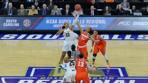 Women's Basketball: Syracuse advances to the Elite Eight