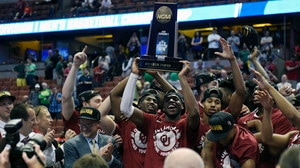 Elite Eight: Oklahoma cruises to Final Four