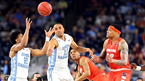 Final Four: North Carolina fights past Syracuse