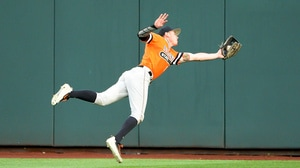 CWS: Oklahoma State inches past Arizona