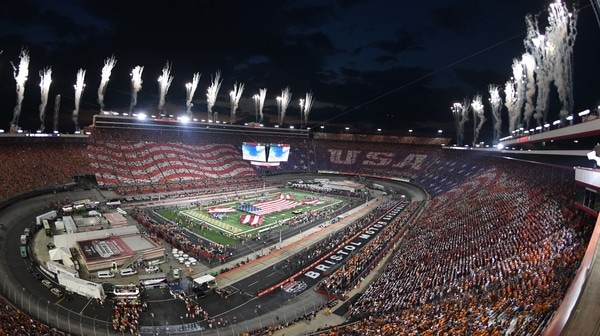 College Football: Battle at Bristol headlines Social Rewind