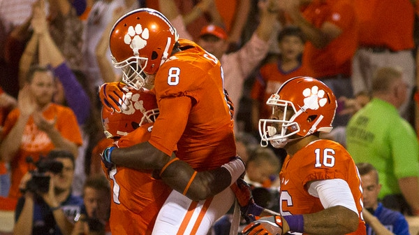 College Football: A pair of top ten matchups in this week's Social Rewind