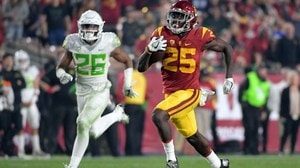 College Football: USC holds off Oregon