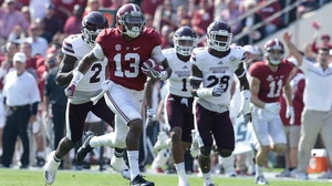 College Football: Alabama dominates Mississippi State 51-3