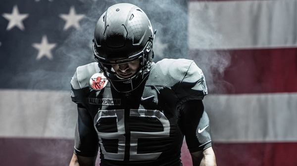 College Football: 2016 Army-Navy Uniforms