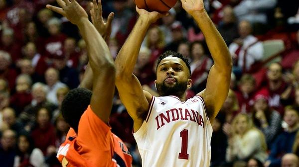 DI Men's Basketball: Indiana dominates Illinois