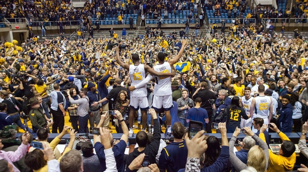 College Basketball: West Virginia takes down No. 1 Baylor in this week's Social Rewind