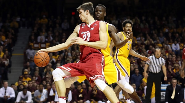 Wisconsin escapes Minnesota in overtime, 78-76