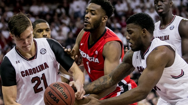 DI Men's Basketball: South Carolina defeats Georgia 77-75