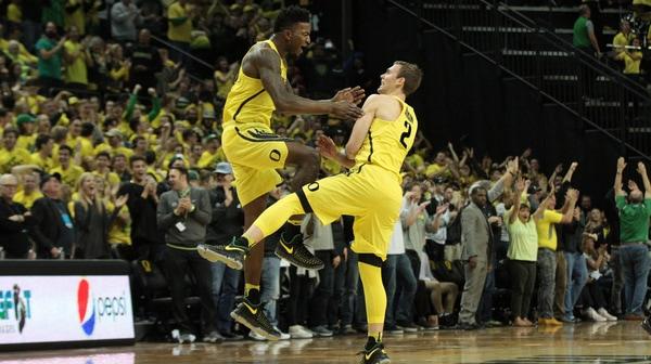 DI Men's Basketball: Oregon tops Arizona