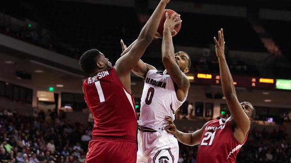 DI Men's Basketball: Arkansas upsets South Carolina 83-76