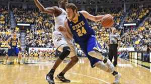 South Dakota State Basketball: Mike Daum |...