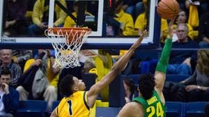 DI Men's Basketball: Oregon inches past California