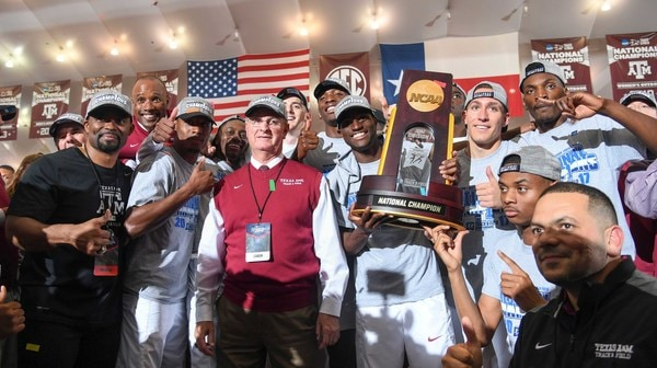 Indoor Track & Field: The Oregon Women repeat while Texas A&M takes the Men's title