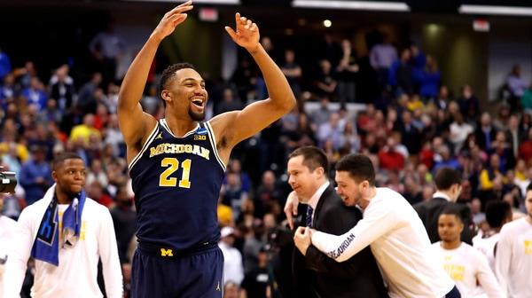 Second Round: Michigan downs Louisville