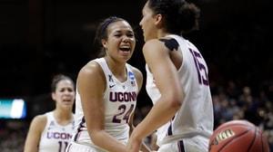 Women's Basketball: UConn rolls Syracuse