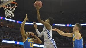 'Sweet 16: UCLA falls to Kentucky' from the web at 'http://i.turner.ncaa.com/ncaa/big/2017/03/25/1320288/1490416293881-mbk_408_kentucky_1920.jpg-1320288.300x168.jpg'