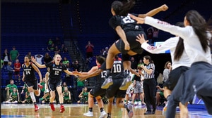Women's Basketball: Notre Dame falls to Stanford