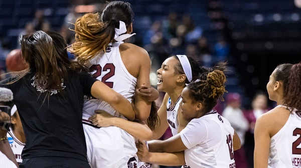 Women's Basketball: South Carolina beats Florida State