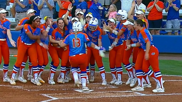 DI Softball: Florida evens up super regional