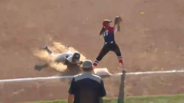 2017 DIII Softball Game 13 Full Replay: Texas-Tyler vs. Virginia Wesleyan