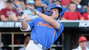 CWS: Florida takes down Louisville in NCAA...