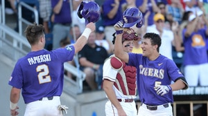 CWS: LSU defeats Florida State in NCAA...