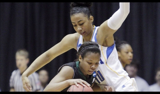 First Round: UCLA eases past Stetson