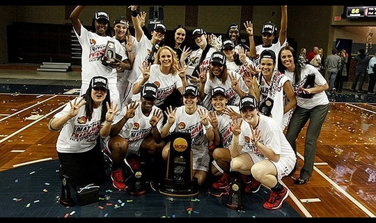 California (PA) wins the 2015 DII Women's Basketball Championship
