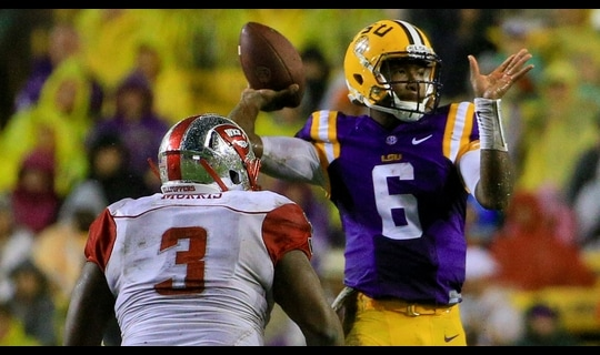 LSU Football: Harris throws 55-yd TD
