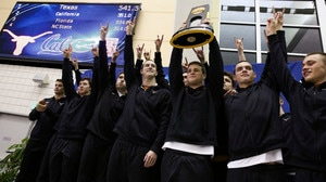 Texas wins the 2016 DI Men's Swimming and Diving Championship